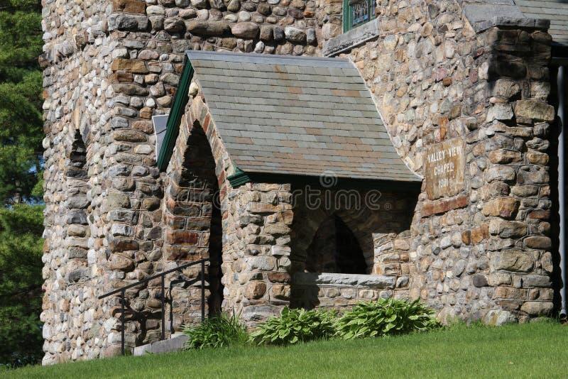 Dalsiktskapell - stenkyrka i Ticonderoga, NY royaltyfri fotografi