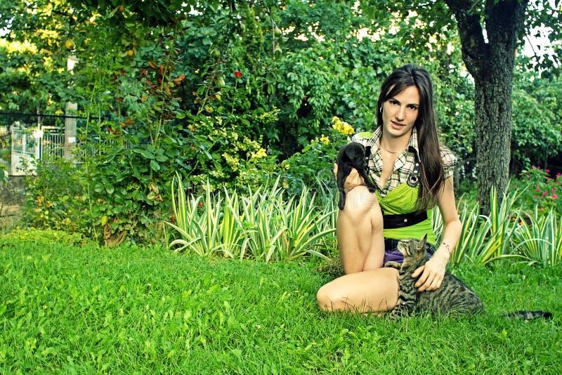 daltar kvinnan fotografering för bildbyråer