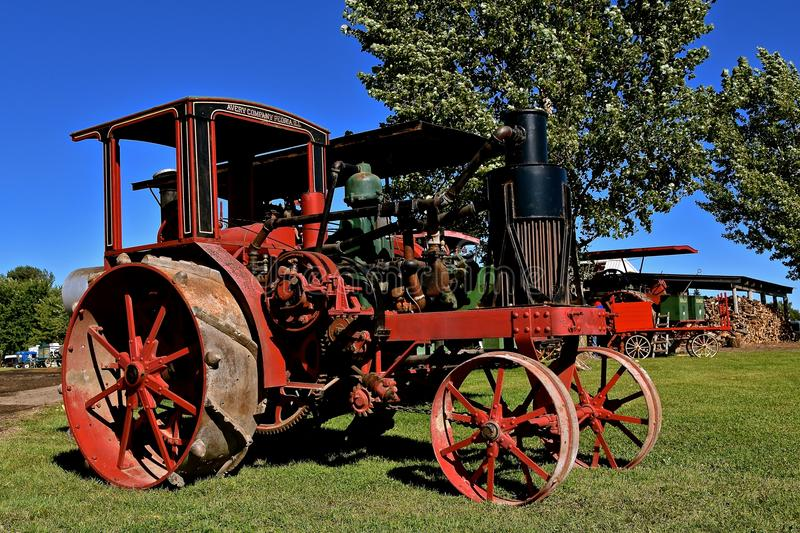 Partially restored Avery tractor. DALTON, MINNESOTA, Sept 8, 2017: A partially restored historic Avery tractor is displayed at the annual September Dalton, MN stock photography