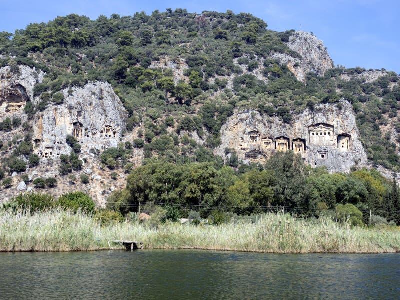 Dalyan河和Rocktombs, Kaunos费特希耶土耳其 库存图片