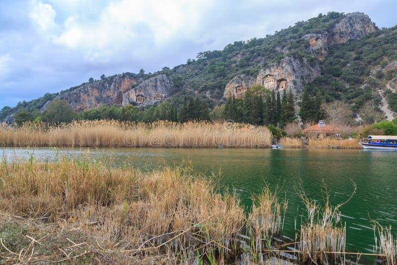 Dalyan królewiątka i rzeki ` s grobowowie zdjęcie royalty free
