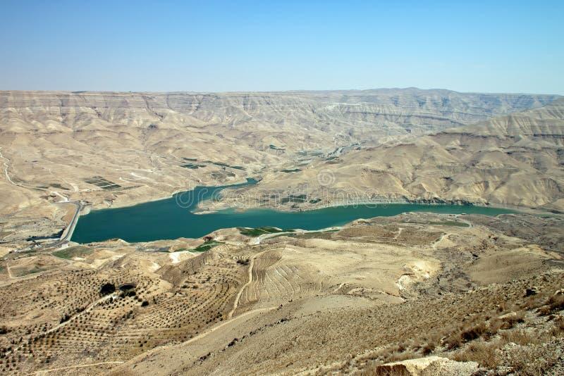 Dam in de woestijn royalty-vrije stock afbeelding