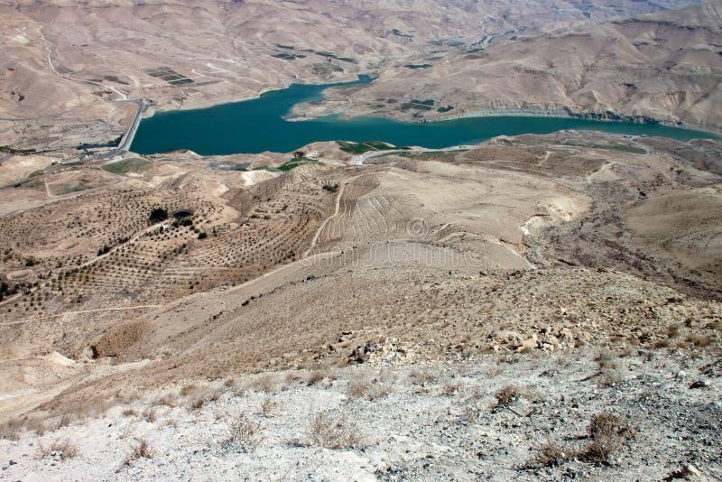 Dam in de woestijn royalty-vrije stock foto's