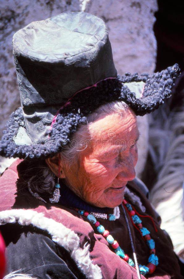 Dam på festivalen i Ladakh, Indien royaltyfria bilder