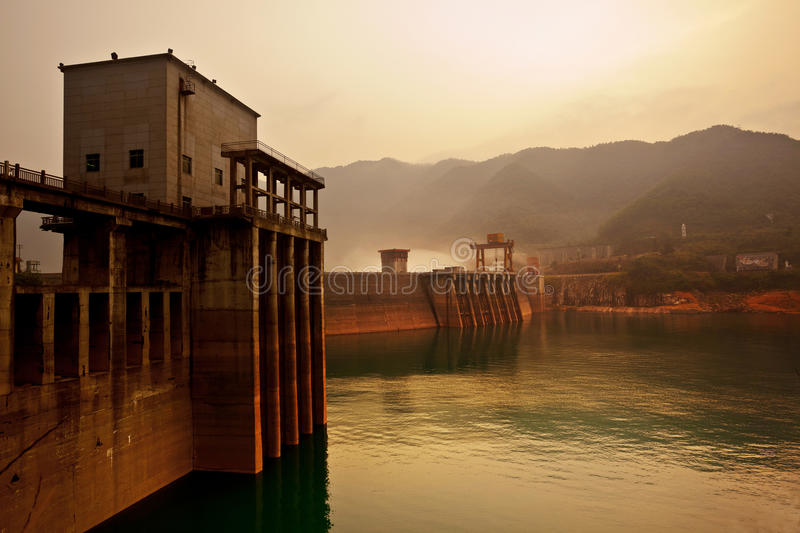 Download Dam Power Station Royalty Free Stock Images - Image: 20729929