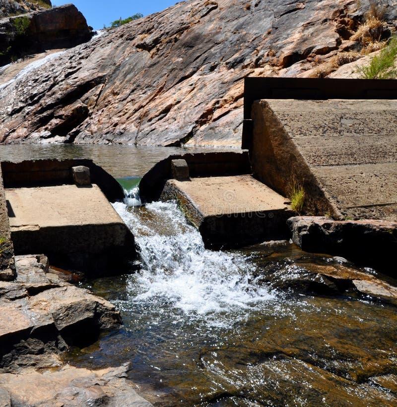 Dam in Serpentine Falls stock fotografie