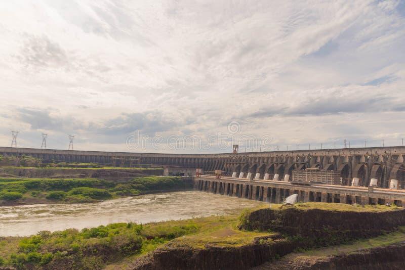 Dam van hydro-elektrische elektrische centrale 06 van Itaipu stock fotografie