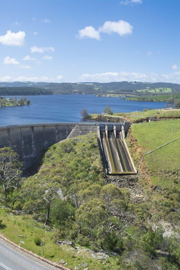Dam van Myponga-Reservoir, Myponga, Zuid-Australië royalty-vrije stock afbeelding