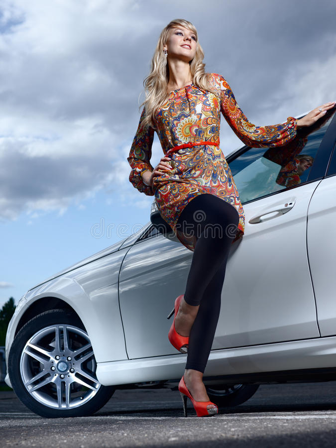 Dama i samochód fotografia stock