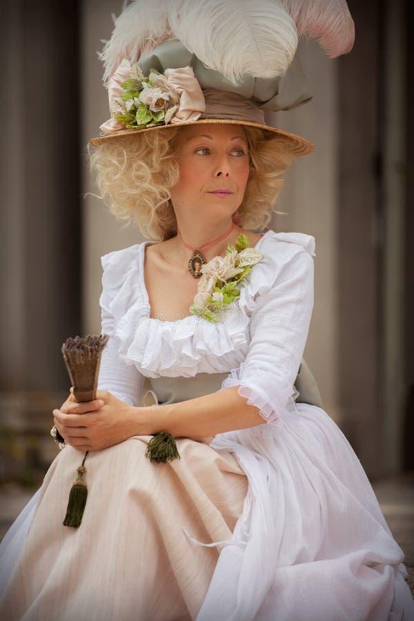Dama w wiktoriański sukni obrazy royalty free