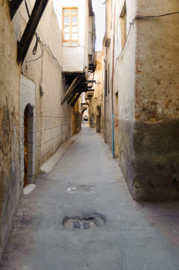 DAMAS, SYRIE - 16 NOVEMBRE 2012 : Vue étroite de rue à Damas, feinte Damas a été conquis par Alexandre le grand Après Th photo stock