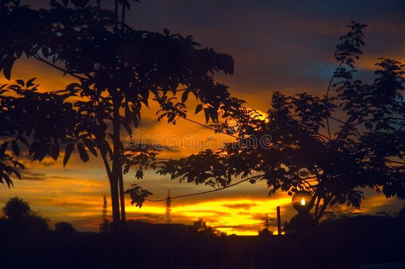 damatic заход солнца стоковые фотографии rf