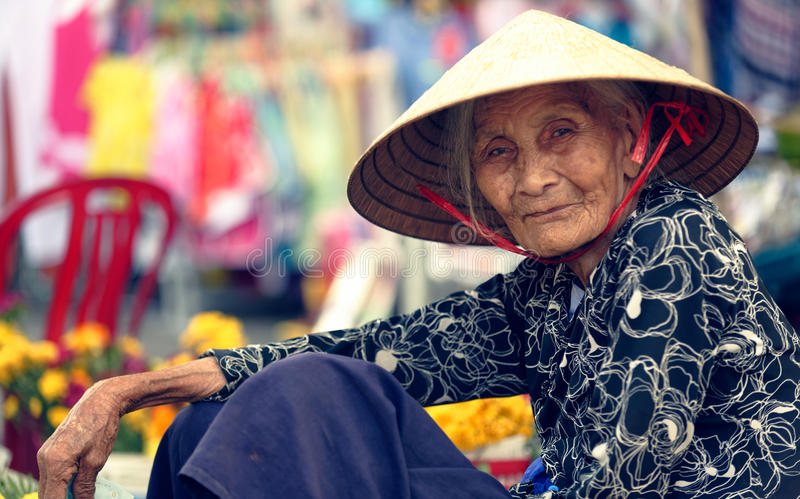 Dame âgée, Hoi An, Vietnam photo stock