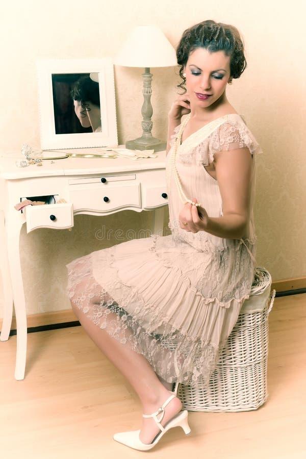dame de boudoir des années 1920 images stock