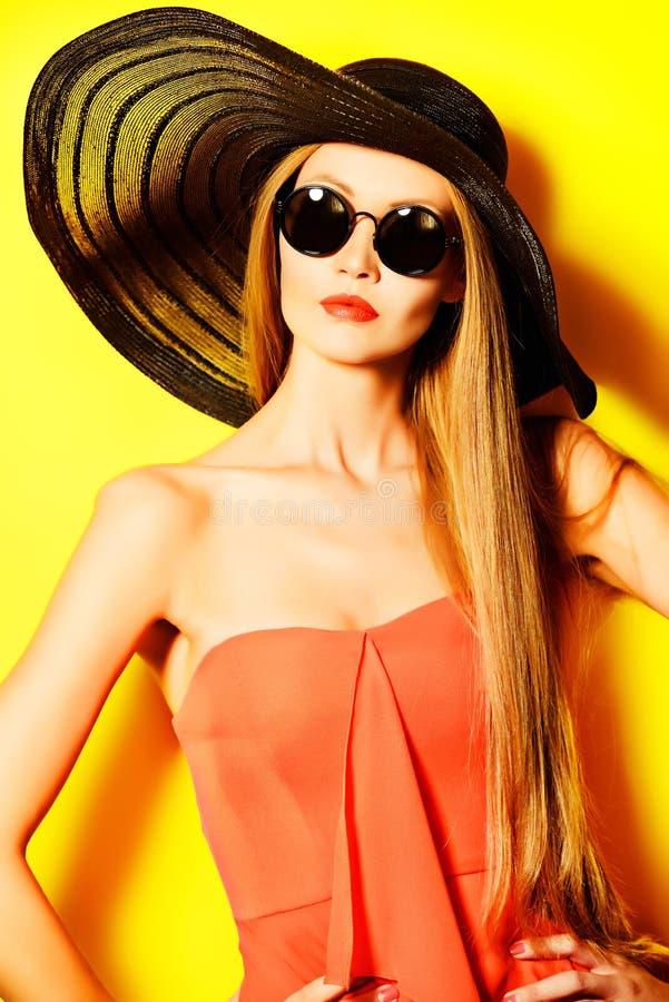 Dame de Vogue images libres de droits