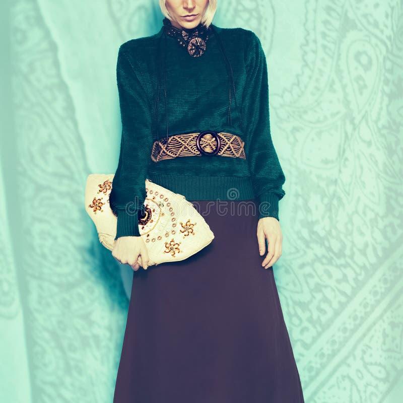 Dame fascinante de style de Boho Accessoires de mode de ressort photographie stock