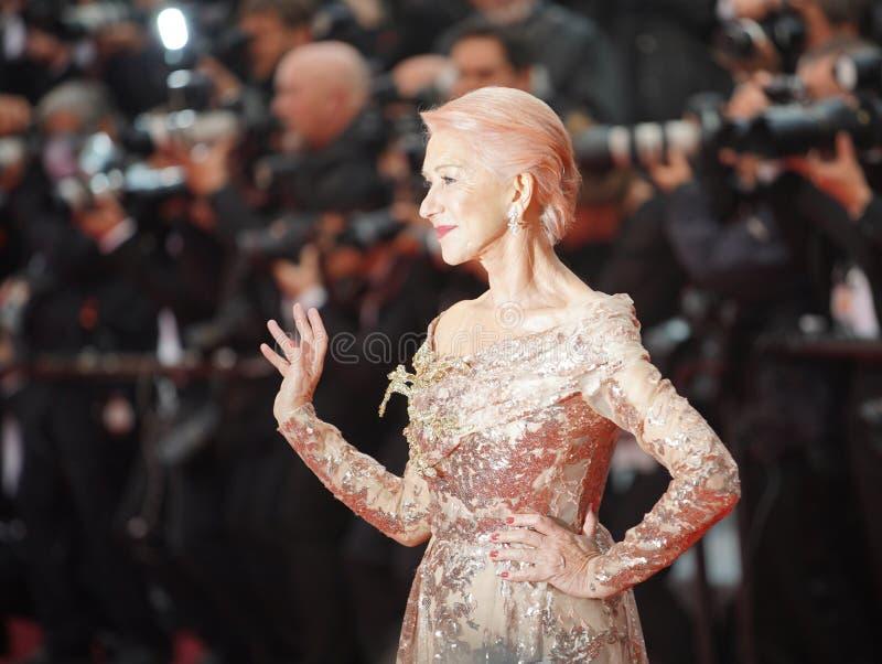 Dame Helen Mirren woont het onderzoek bij royalty-vrije stock afbeelding