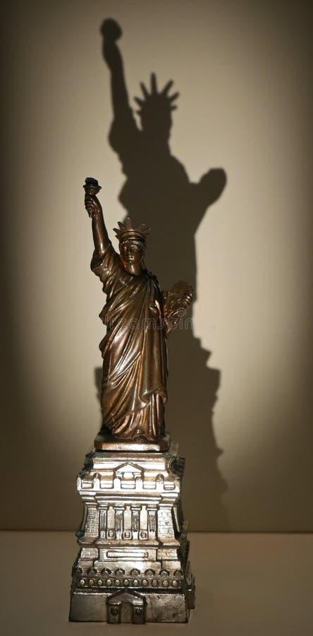 Dame Libertys Shadow stockfoto