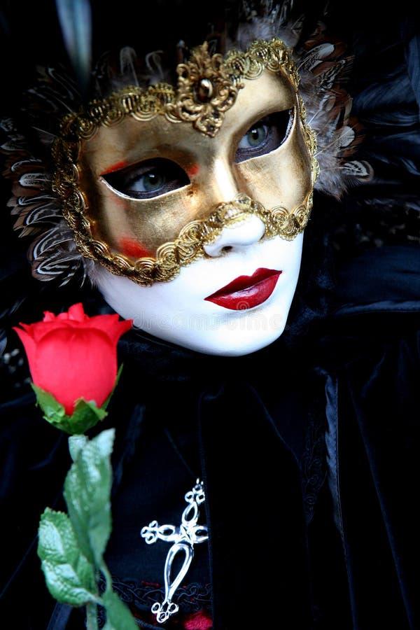 Dame mit einer Rose stockbild