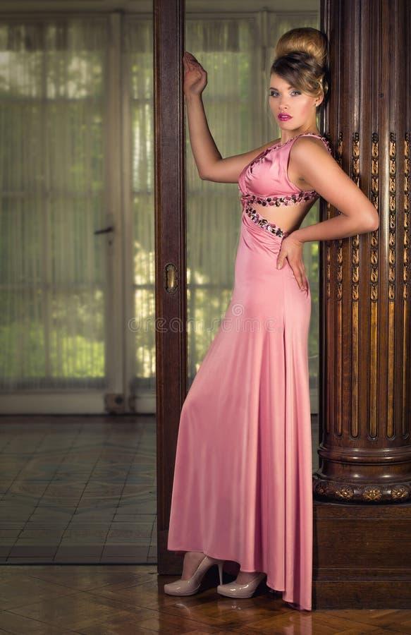 Dame In Pink royalty-vrije stock foto's