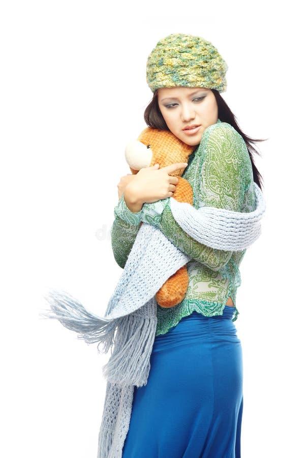Dame und Teddybär stockfoto