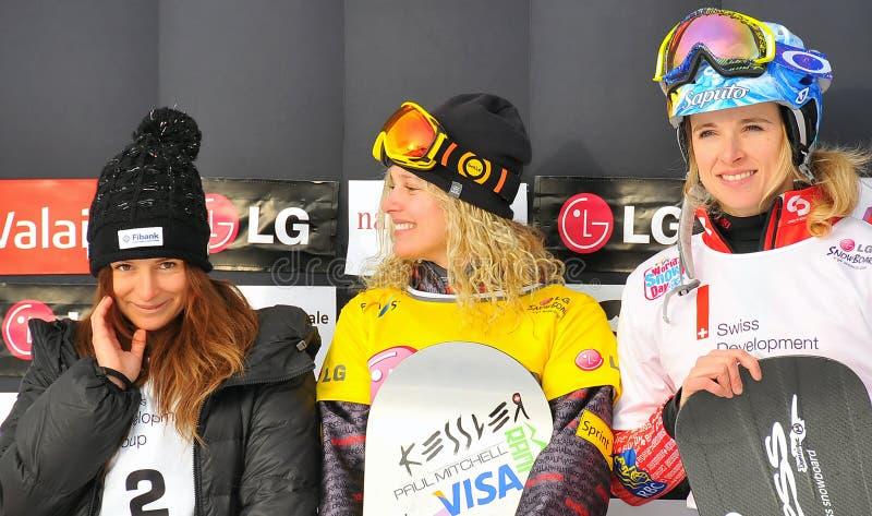 DamenFIS Snowboard-Weltcupsnowboard-Kreuz lizenzfreie stockfotos