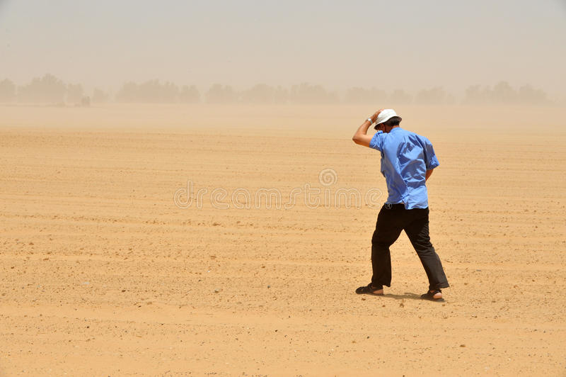 Damm och sandstorm arkivfoto