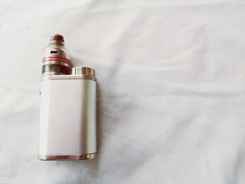 Damp elektronische sigaret stock afbeeldingen