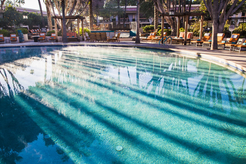 Dampf auf dem Pool lizenzfreies stockbild