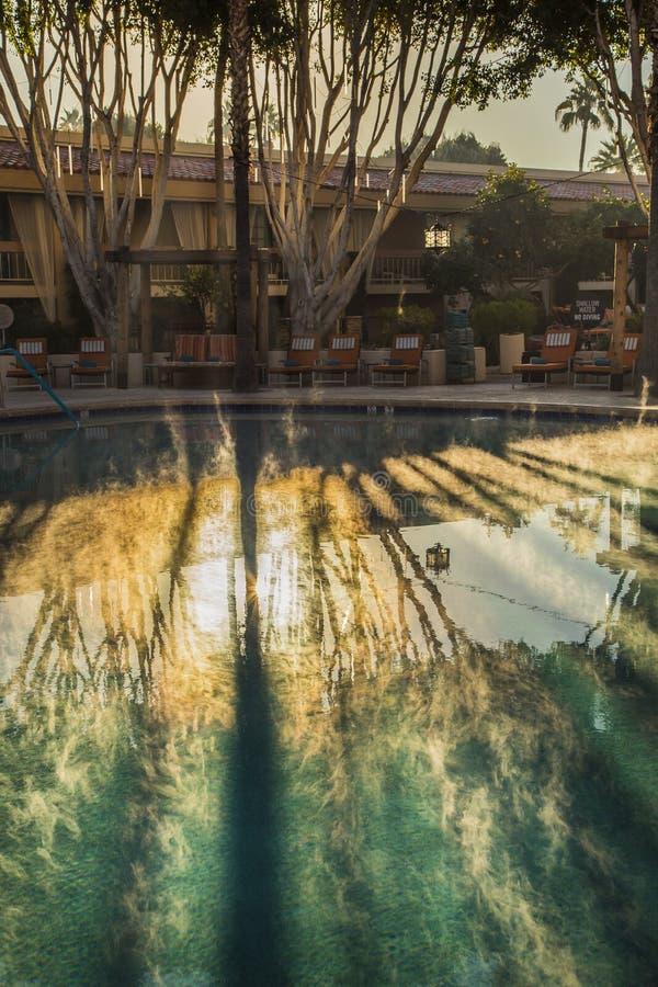 Dampf auf dem Pool stockfotografie