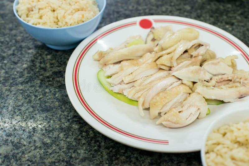 Dampf-Huhn mit Reis lizenzfreie stockfotos