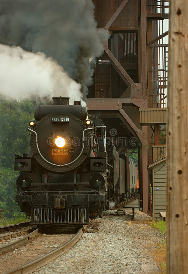 Dampf-Lokomotive lizenzfreie stockfotos