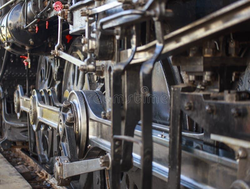 Dampf-Lokomotivräder und -gänge lizenzfreie stockfotografie