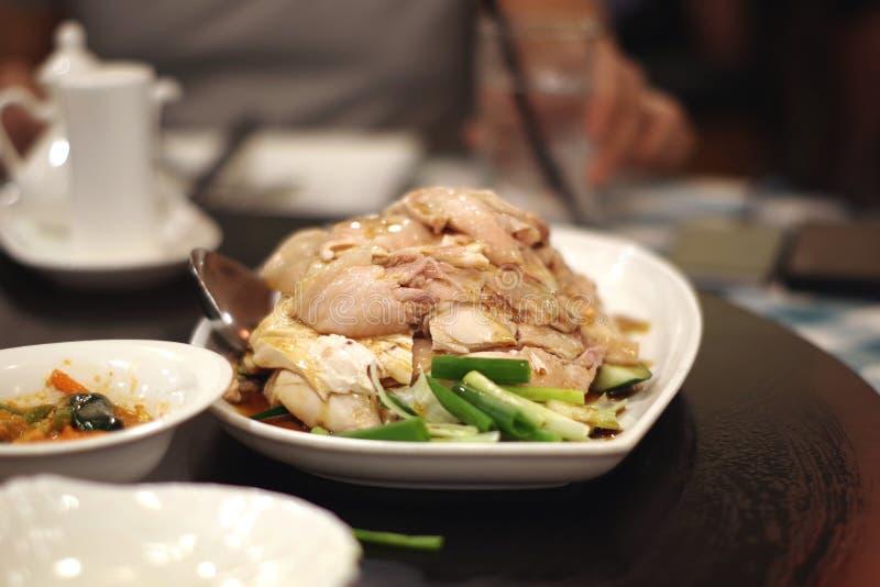 Dampfhuhn für essen mit Reis stockfoto