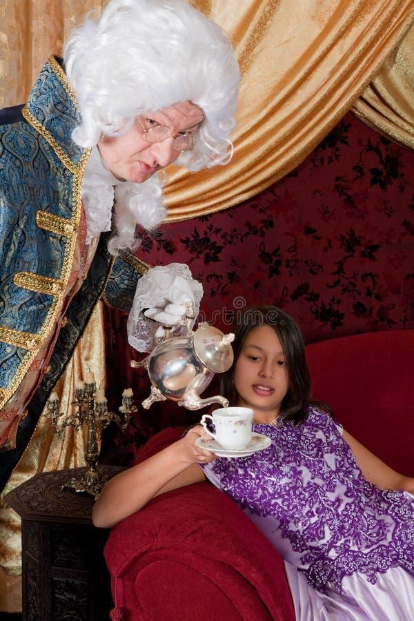 damy dolewania herbata zdjęcie royalty free