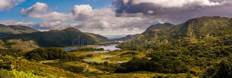 Damy Przeglądają, Irlandia obraz royalty free