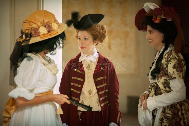 Damy w wiktoriański sukni fotografia royalty free