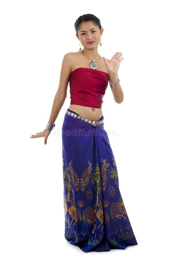 Dança asiática na roupa tradicional imagens de stock royalty free