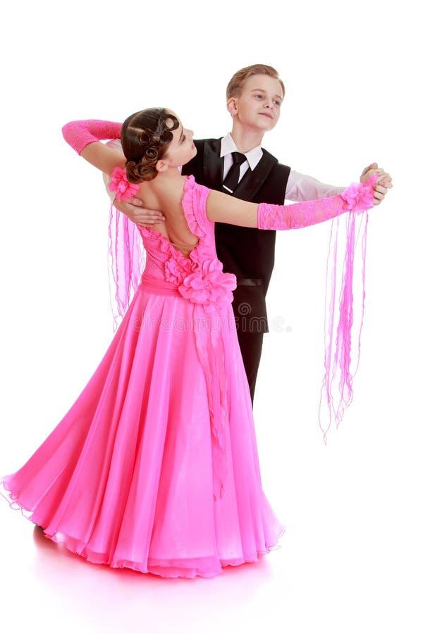 Dança bonita dos pares fotografia de stock royalty free