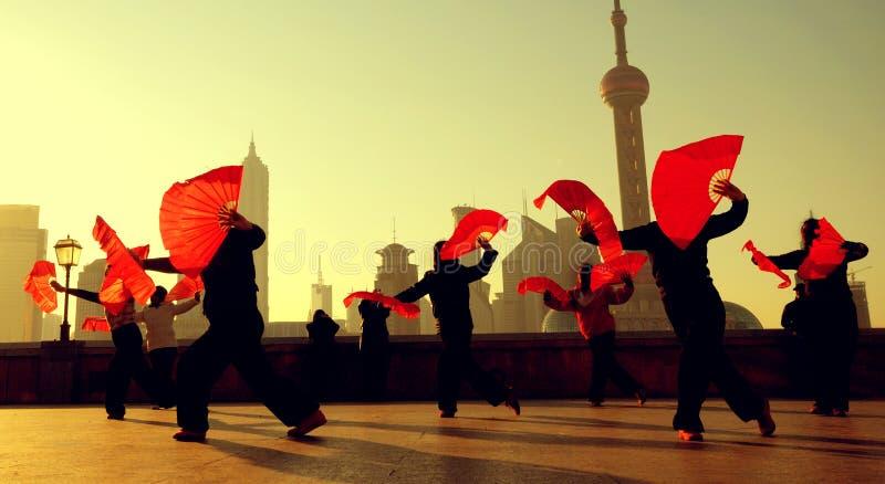 Dança da cultura do chinês tradicional que mostra o conceito imagem de stock