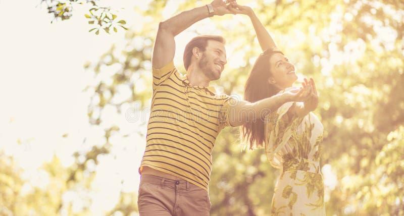 Dança da felicidade imagem de stock royalty free