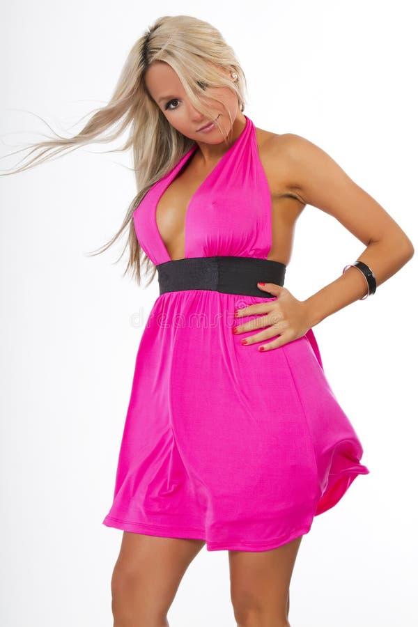 Dança da mulher nova no vestido 'sexy' fotografia de stock