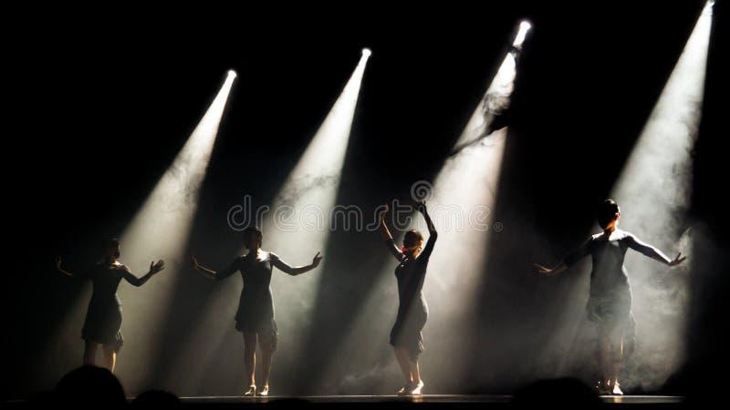 Dança do espanhol fotografia de stock