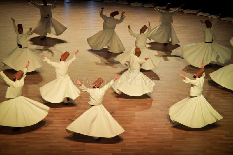 Dança dos dervixes de Mevlana imagens de stock
