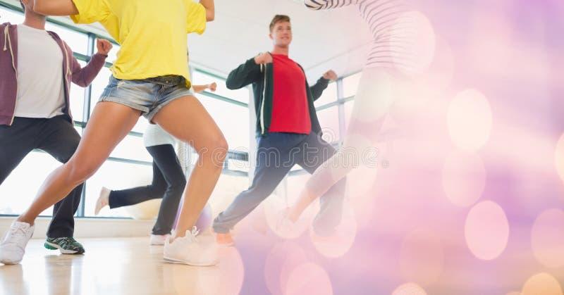 Dança dos povos e transição cor-de-rosa do bokeh fotos de stock royalty free