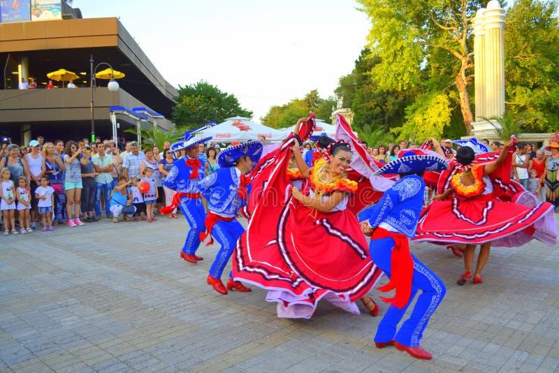 Dança eufórico foto de stock