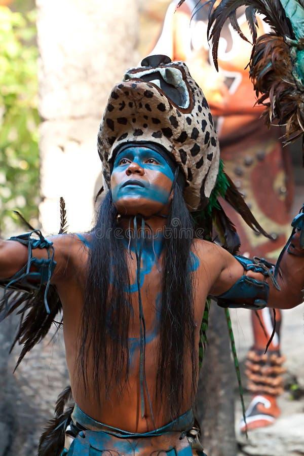 Dança maia
