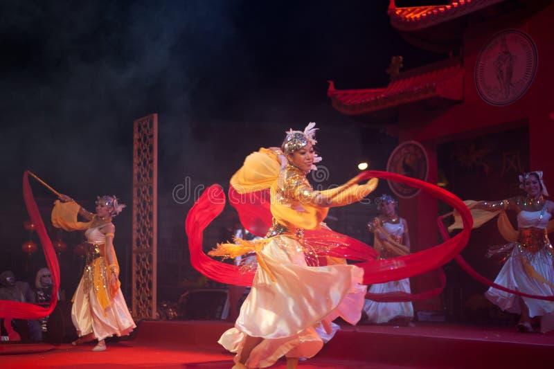 Dança moderna chinesa no ano novo chinês. foto de stock royalty free