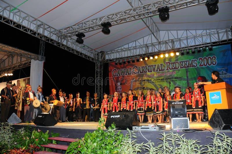 Dança musical e cultural de Bidayuh fotos de stock