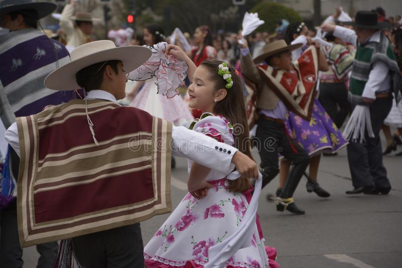 Dança nacional do Chile, cueca do La foto de stock royalty free